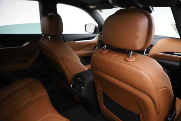 New 2019 Maserati Levante Q4 for sale $83,660 at Alfa Romeo of Greenwich in Greenwich CT 06830 28