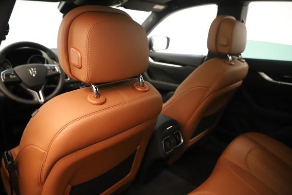 New 2019 Maserati Levante Q4 for sale Sold at Alfa Romeo of Greenwich in Greenwich CT 06830 20