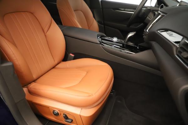 New 2019 Maserati Levante Q4 for sale Sold at Alfa Romeo of Greenwich in Greenwich CT 06830 24