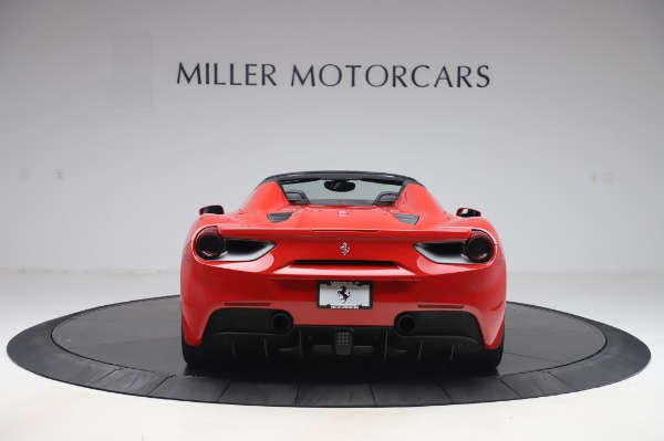 Used 2017 Ferrari 488 Spider for sale $275,900 at Alfa Romeo of Greenwich in Greenwich CT 06830 6