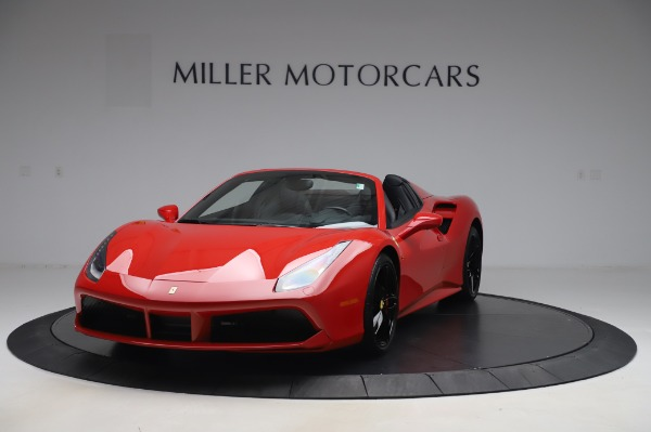 Used 2017 Ferrari 488 Spider for sale $275,900 at Alfa Romeo of Greenwich in Greenwich CT 06830 1