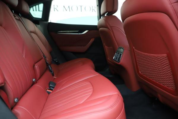 New 2019 Maserati Levante Q4 for sale Sold at Alfa Romeo of Greenwich in Greenwich CT 06830 27