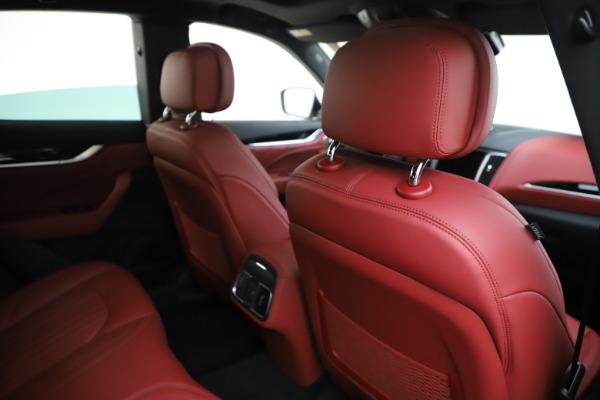 New 2019 Maserati Levante Q4 for sale Sold at Alfa Romeo of Greenwich in Greenwich CT 06830 28