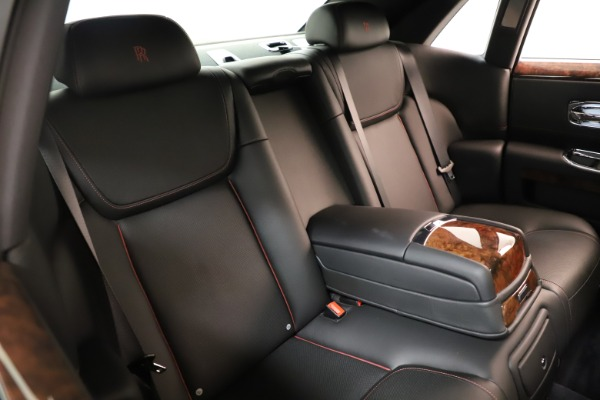 Used 2016 Rolls-Royce Ghost for sale Sold at Alfa Romeo of Greenwich in Greenwich CT 06830 20