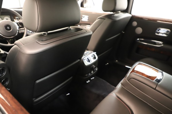 Used 2016 Rolls-Royce Ghost for sale Sold at Alfa Romeo of Greenwich in Greenwich CT 06830 21