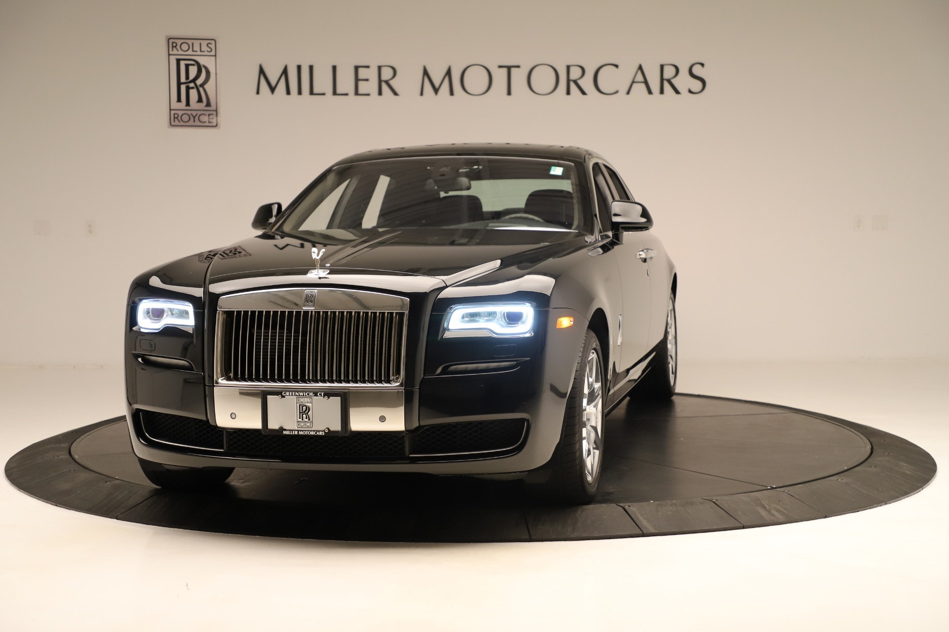 Used 2016 Rolls-Royce Ghost for sale Sold at Alfa Romeo of Greenwich in Greenwich CT 06830 1