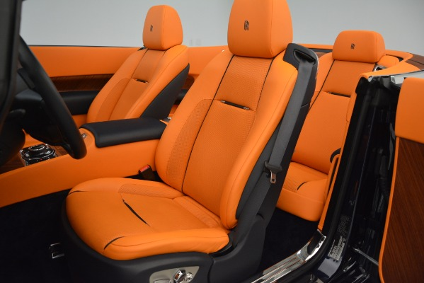 Used 2016 Rolls-Royce Dawn for sale Sold at Alfa Romeo of Greenwich in Greenwich CT 06830 17