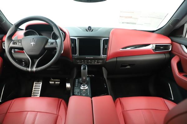 New 2019 Maserati Levante Q4 GranSport Nerissimo for sale Sold at Alfa Romeo of Greenwich in Greenwich CT 06830 16