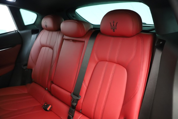 New 2019 Maserati Levante Q4 GranSport Nerissimo for sale Sold at Alfa Romeo of Greenwich in Greenwich CT 06830 18