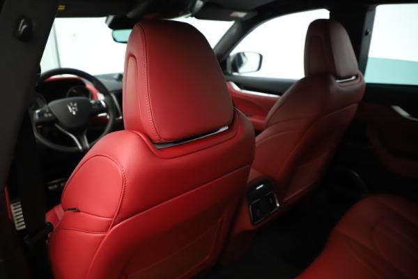 New 2019 Maserati Levante Q4 GranSport Nerissimo for sale Sold at Alfa Romeo of Greenwich in Greenwich CT 06830 20