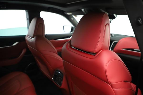 New 2019 Maserati Levante Q4 GranSport Nerissimo for sale Sold at Alfa Romeo of Greenwich in Greenwich CT 06830 28