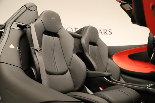 Used 2020 McLaren 600LT Spider for sale $249,900 at Alfa Romeo of Greenwich in Greenwich CT 06830 25