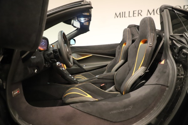 New 2020 McLaren 720S SPIDER Convertible for sale Sold at Alfa Romeo of Greenwich in Greenwich CT 06830 28