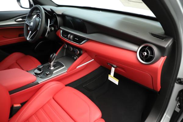 New 2019 Alfa Romeo Stelvio Ti Sport Q4 for sale Sold at Alfa Romeo of Greenwich in Greenwich CT 06830 22