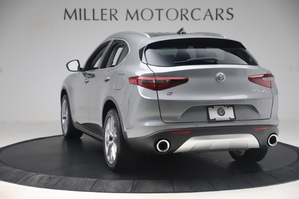 New 2019 Alfa Romeo Stelvio Ti Lusso Q4 for sale Sold at Alfa Romeo of Greenwich in Greenwich CT 06830 5