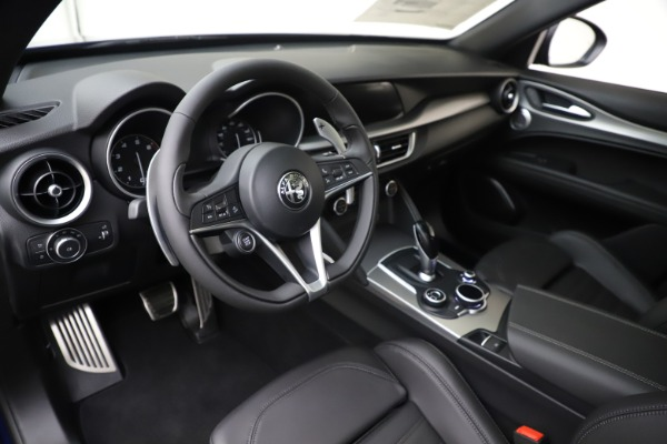 New 2019 Alfa Romeo Stelvio Ti Sport Q4 for sale Sold at Alfa Romeo of Greenwich in Greenwich CT 06830 13