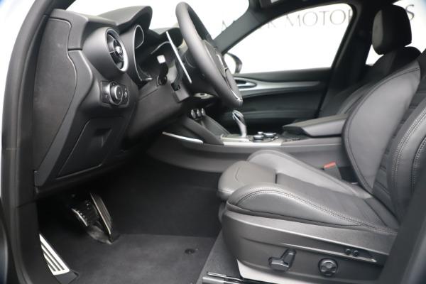 New 2019 Alfa Romeo Stelvio Ti Sport Q4 for sale Sold at Alfa Romeo of Greenwich in Greenwich CT 06830 14