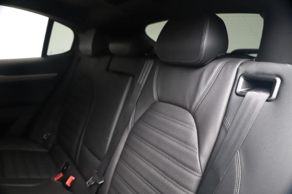 New 2019 Alfa Romeo Stelvio Ti Sport Q4 for sale Sold at Alfa Romeo of Greenwich in Greenwich CT 06830 18