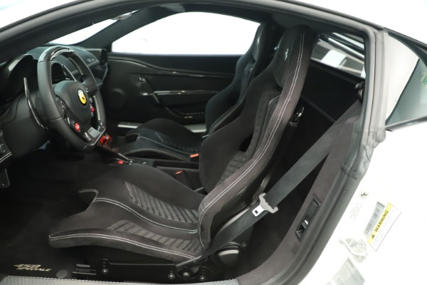 Used 2014 Ferrari 458 Speciale for sale $359,900 at Alfa Romeo of Greenwich in Greenwich CT 06830 15