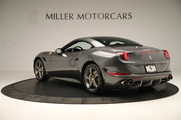 Used 2015 Ferrari California T for sale $139,900 at Alfa Romeo of Greenwich in Greenwich CT 06830 15