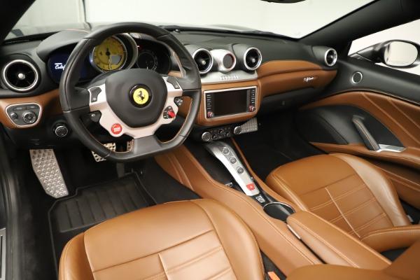 Used 2015 Ferrari California T for sale $139,900 at Alfa Romeo of Greenwich in Greenwich CT 06830 20