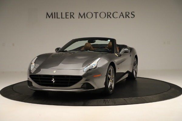 Used 2015 Ferrari California T for sale $139,900 at Alfa Romeo of Greenwich in Greenwich CT 06830 1