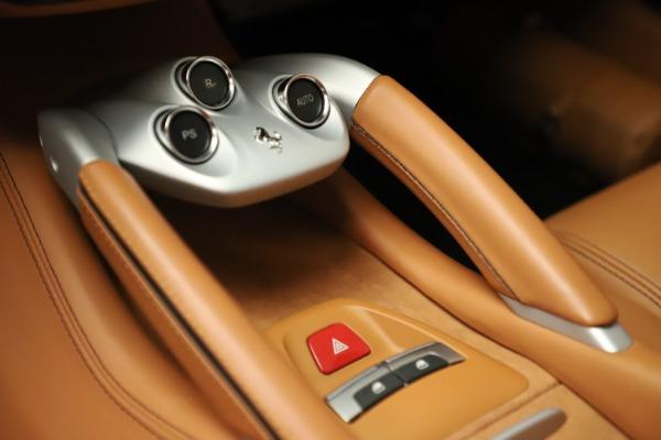 Used 2012 Ferrari FF for sale Sold at Alfa Romeo of Greenwich in Greenwich CT 06830 23
