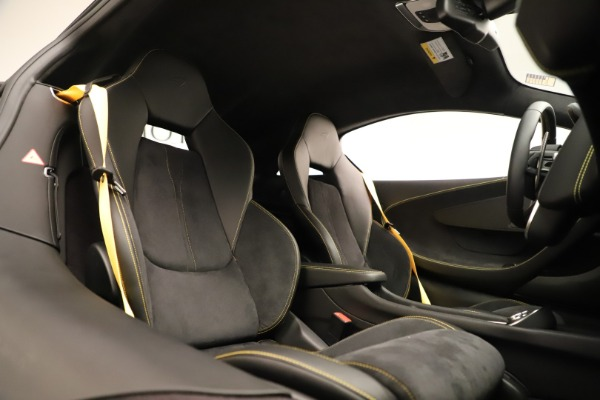 Used 2017 McLaren 570S Coupe for sale Sold at Alfa Romeo of Greenwich in Greenwich CT 06830 18