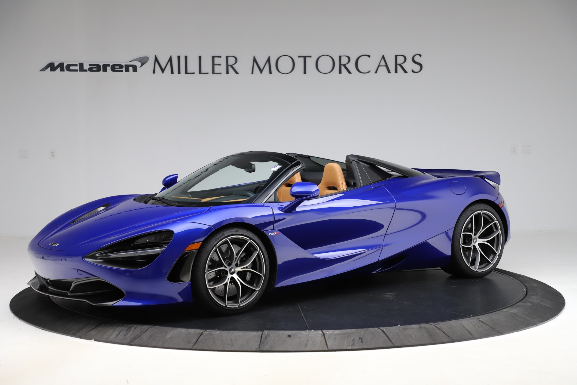 New 2020 McLaren 720S Spider Luxury for sale $374,830 at Alfa Romeo of Greenwich in Greenwich CT 06830 1