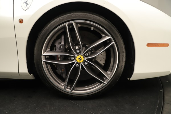 Used 2016 Ferrari 488 Spider for sale $276,900 at Alfa Romeo of Greenwich in Greenwich CT 06830 19