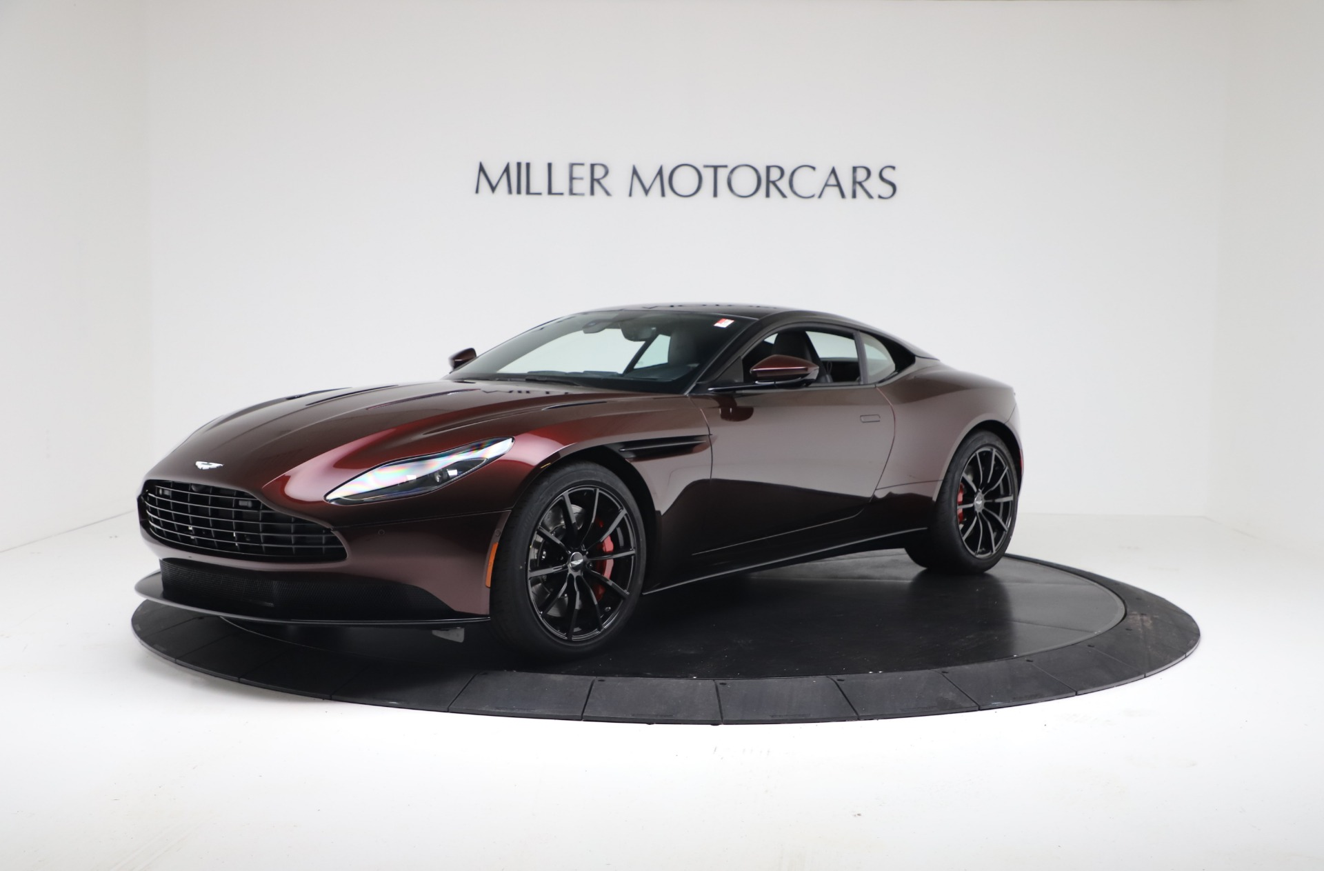 New 2019 Aston Martin DB11 V12 AMR Coupe for sale $263,916 at Alfa Romeo of Greenwich in Greenwich CT 06830 1