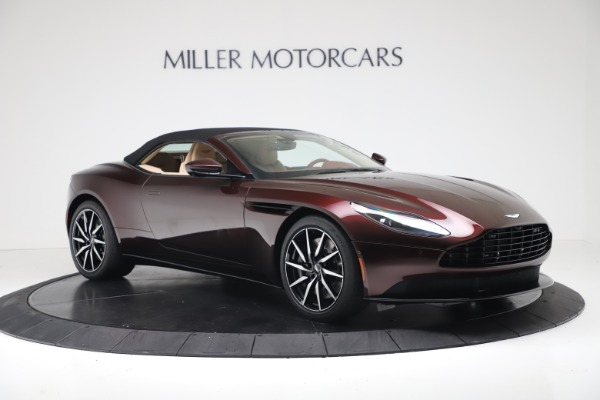 Used 2020 Aston Martin DB11 Volante for sale Sold at Alfa Romeo of Greenwich in Greenwich CT 06830 19