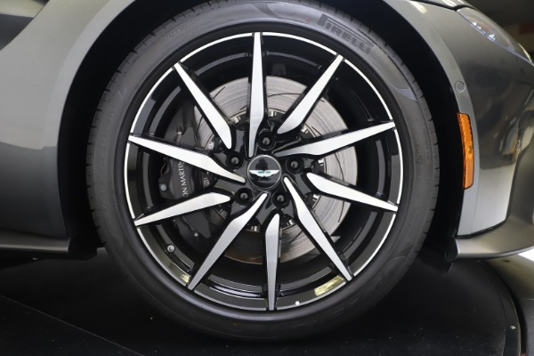 Used 2020 Aston Martin Vantage Coupe for sale $123,900 at Alfa Romeo of Greenwich in Greenwich CT 06830 18
