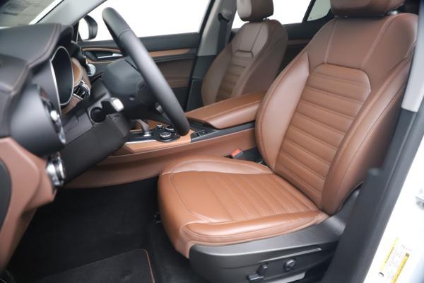 New 2019 Alfa Romeo Stelvio Ti Lusso Q4 for sale Sold at Alfa Romeo of Greenwich in Greenwich CT 06830 15