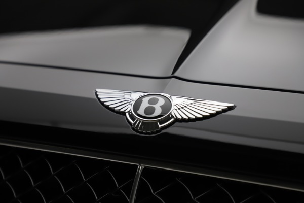 New 2020 Bentley Bentayga V8 for sale $181,250 at Alfa Romeo of Greenwich in Greenwich CT 06830 14