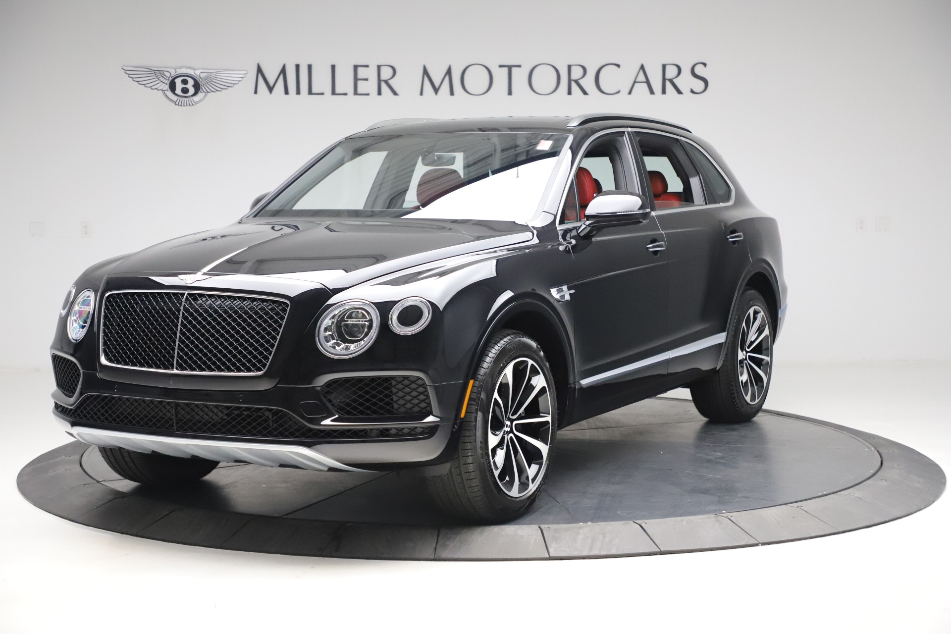 New 2020 Bentley Bentayga V8 for sale $181,250 at Alfa Romeo of Greenwich in Greenwich CT 06830 1