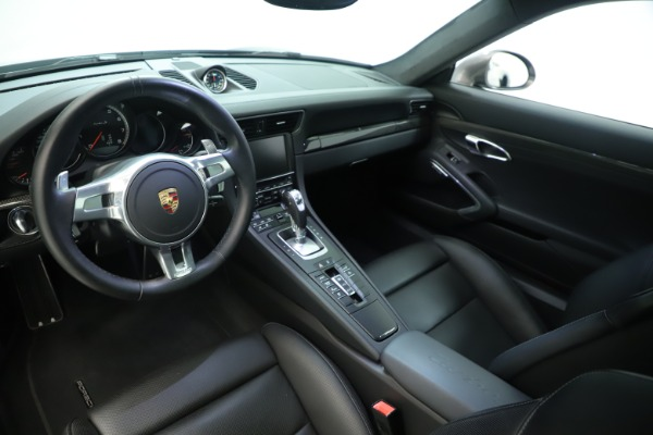 Used 2015 Porsche 911 Turbo S for sale Sold at Alfa Romeo of Greenwich in Greenwich CT 06830 14