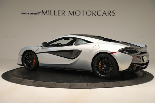 Used 2016 McLaren 570S Coupe for sale $151,900 at Alfa Romeo of Greenwich in Greenwich CT 06830 3