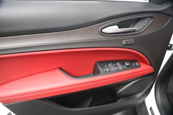 New 2019 Alfa Romeo Stelvio Ti Q4 for sale Sold at Alfa Romeo of Greenwich in Greenwich CT 06830 17
