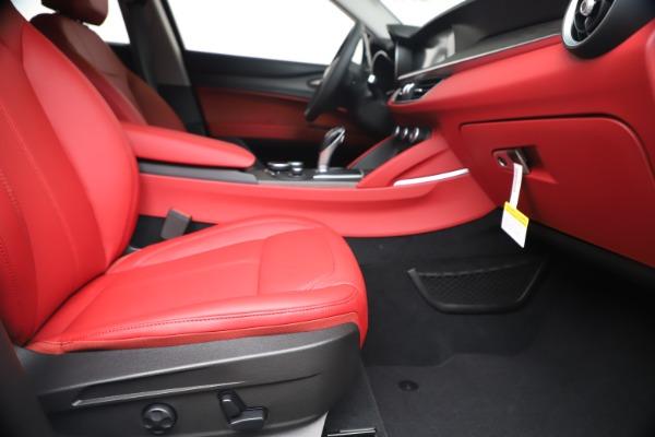 New 2019 Alfa Romeo Stelvio Ti Q4 for sale Sold at Alfa Romeo of Greenwich in Greenwich CT 06830 23