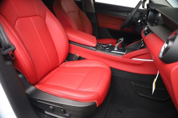New 2019 Alfa Romeo Stelvio Ti Q4 for sale Sold at Alfa Romeo of Greenwich in Greenwich CT 06830 24