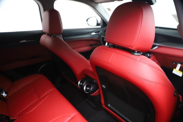 New 2019 Alfa Romeo Stelvio Ti Q4 for sale Sold at Alfa Romeo of Greenwich in Greenwich CT 06830 28