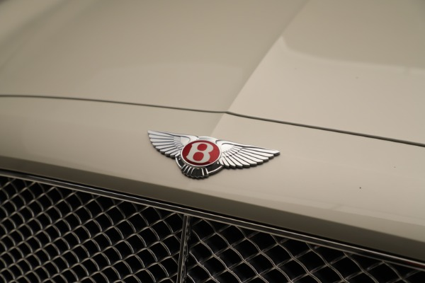 Used 2015 Bentley Flying Spur V8 for sale Sold at Alfa Romeo of Greenwich in Greenwich CT 06830 13