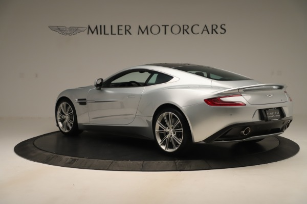Used 2014 Aston Martin Vanquish Coupe for sale $116,900 at Alfa Romeo of Greenwich in Greenwich CT 06830 3