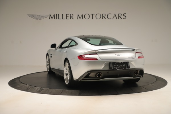 Used 2014 Aston Martin Vanquish Coupe for sale $116,900 at Alfa Romeo of Greenwich in Greenwich CT 06830 4