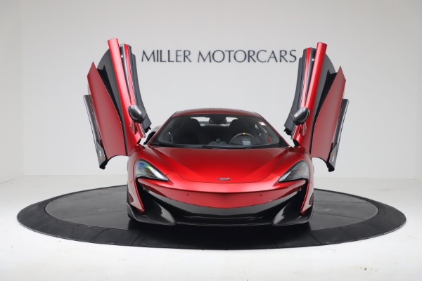 New 2019 McLaren 600LT for sale $285,236 at Alfa Romeo of Greenwich in Greenwich CT 06830 11