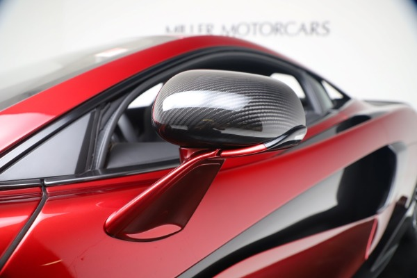 New 2019 McLaren 600LT Coupe for sale $285,236 at Alfa Romeo of Greenwich in Greenwich CT 06830 15