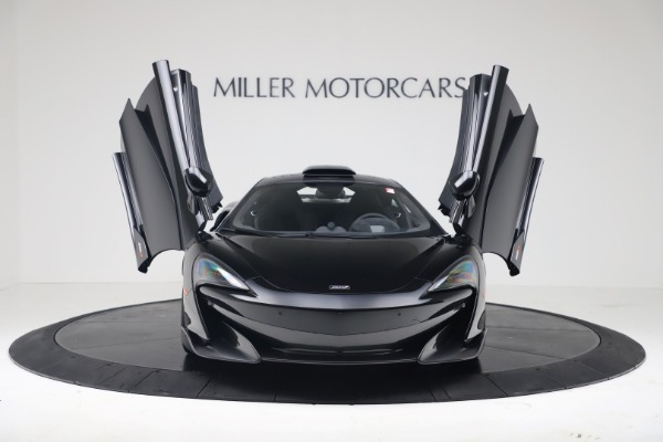 New 2019 McLaren 600LT for sale $305,639 at Alfa Romeo of Greenwich in Greenwich CT 06830 11