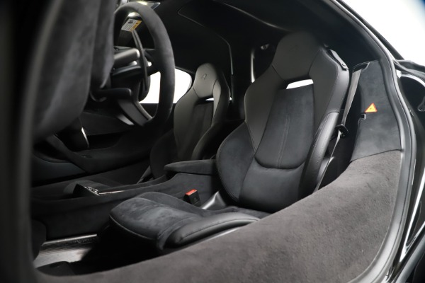 New 2019 McLaren 600LT for sale $305,639 at Alfa Romeo of Greenwich in Greenwich CT 06830 20