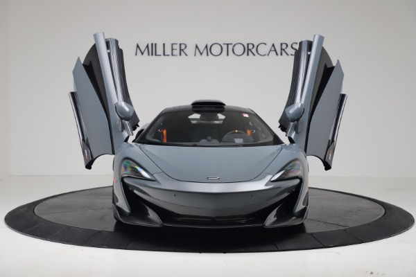 New 2019 McLaren 600LT for sale $311,619 at Alfa Romeo of Greenwich in Greenwich CT 06830 11